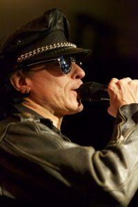 Johnny Zatylny Sänger der Queen-Tribute Band Merqury 2012