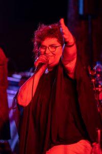 Sonja Tonn auf der Open Air Bühne in Erlangen