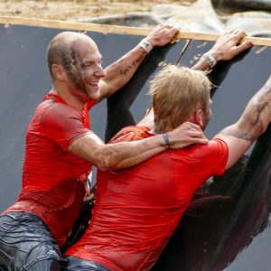 "Hindernis ""Block Ness Monster"" Tough Mudder"